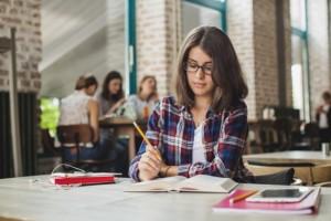 3 Pekerjaan Impian, Bergaji Tinggi, dan Cocok Banget Untuk Kamu Si Introvert | TopKarir.com